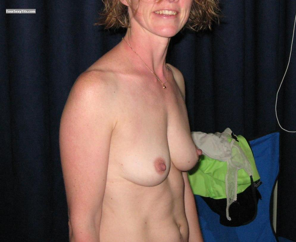 Tit Flash: Small Tits - Cathy from France